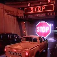 Australia se pasa a las barreras holográficas para evitar accidentes, proyectando señales sobre cortinas de agua