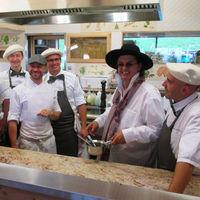 Tras ser acusado de utilizar queso inglés, un chef francés quiere denunciar a la guía Michelín