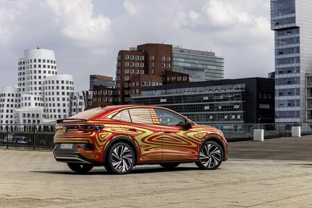 El Volkswagen ID.5 GTX se acerca: un SUV coupé eléctrico con dos motores y tracción total heredados del ID.4