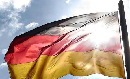 España y Alemania firman su apoyo financiero a las pymes españolas