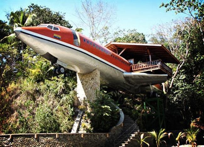 avion de Costa Verde