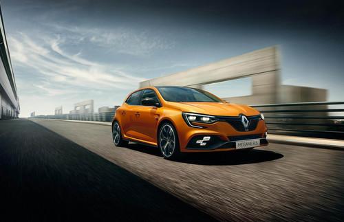¡Guerra de compactos! Así se enfrenta el nuevo Renault Mégane R.S. a sus rivales