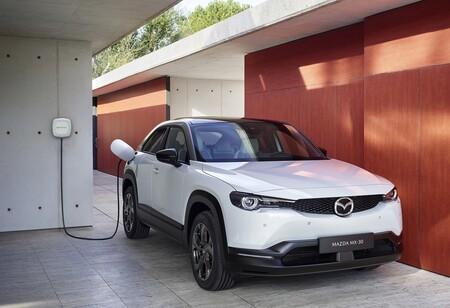 Punto de recarga Mazda MX-30