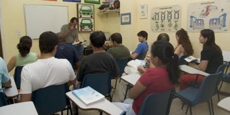 Indignación generalizada por el examen para profesor de autoescuela