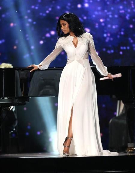 Nicki Minaj Performance Amas
