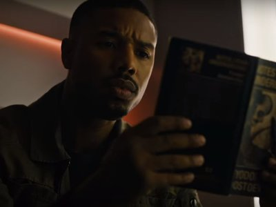 Tráiler final de 'Fahrenheit 451': Michael B. Jordan descubre el poder de los libros tras dedicar su vida a quemarlos