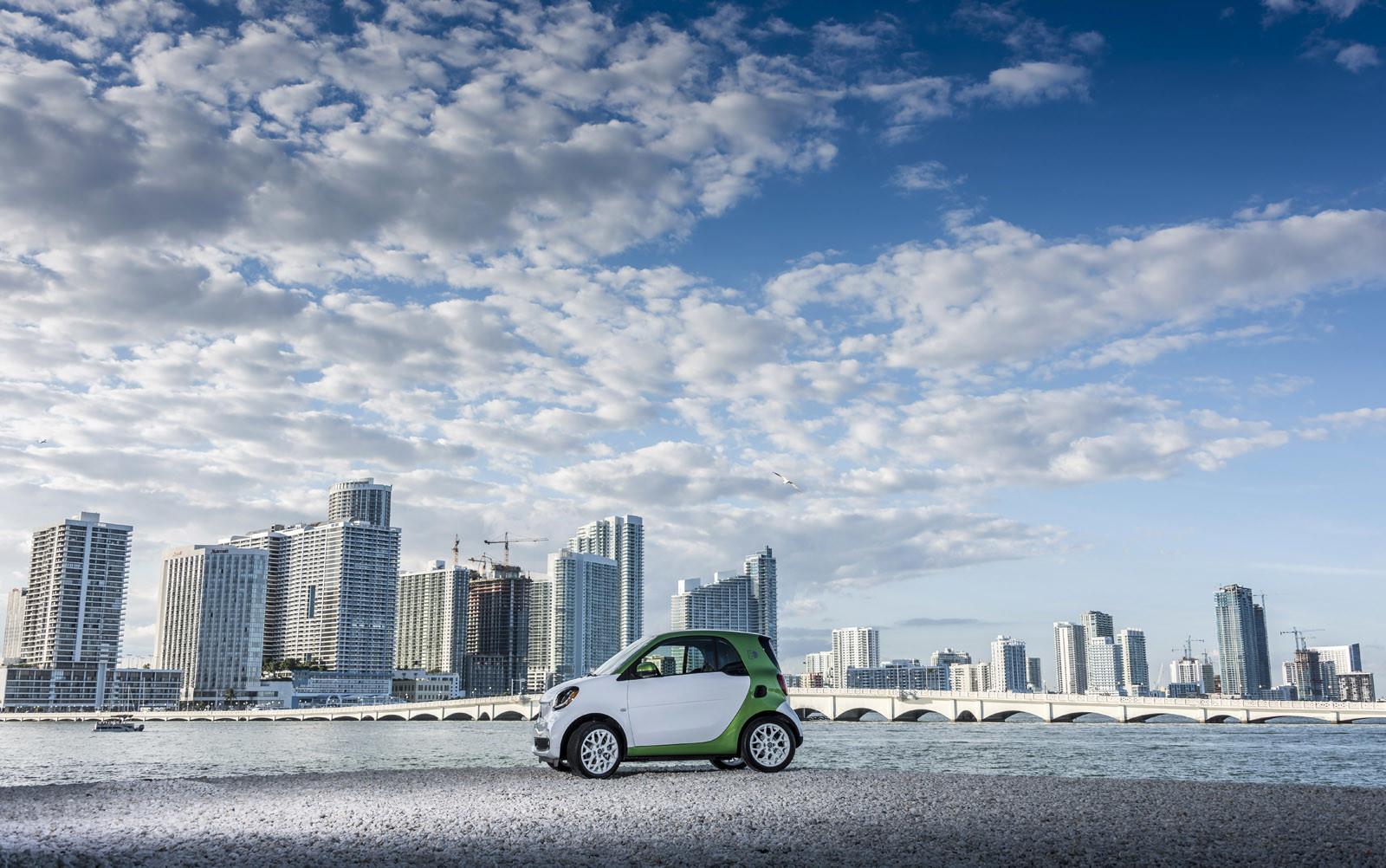 Foto de smart fortwo Electric Drive, toma de contacto (165/313)