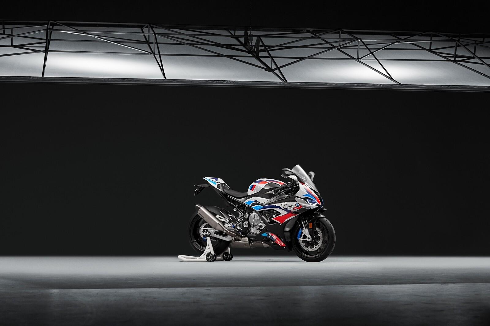 Foto de BMW M 1000 RR 2021 (6/21)