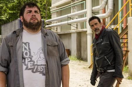 Sugerencias semanales: el alijo de series de Netflix, la despedida de los zombies, otra historia sobre la industria musical (y más)