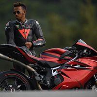 ¡Tremenda! Ésta es la colección de motos de Lewis Hamilton, el hexacampeón del mundo de Fórmula 1