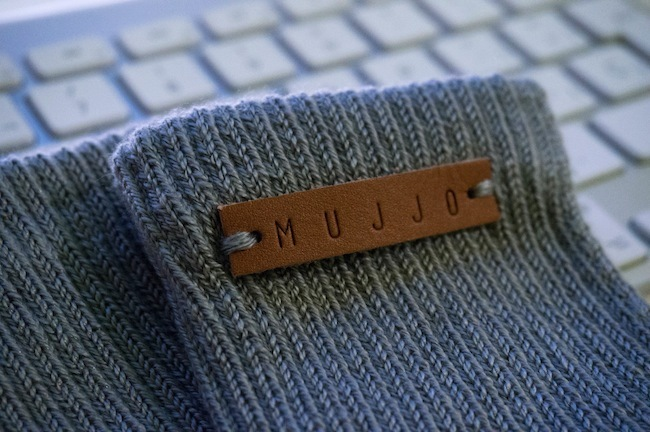 Mujjo Touchgloves detalle marca
