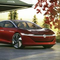 El Volkswagen I.D. Vizzion competirá con Tesla con su autonomía de 665 km (y luego será completamente autónomo)