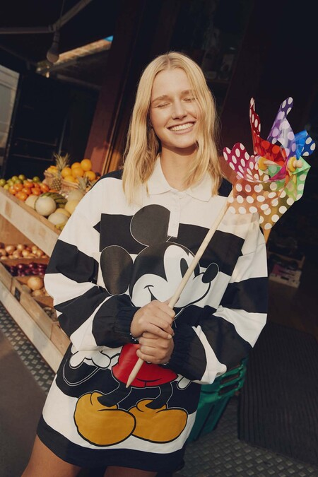 Mickey Mouse At Bershka 6