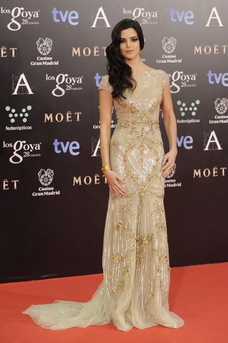Alfombra roja de los Premios Goya 2014: Clara Lago, un gran ejemplo de cómo ladear la melena