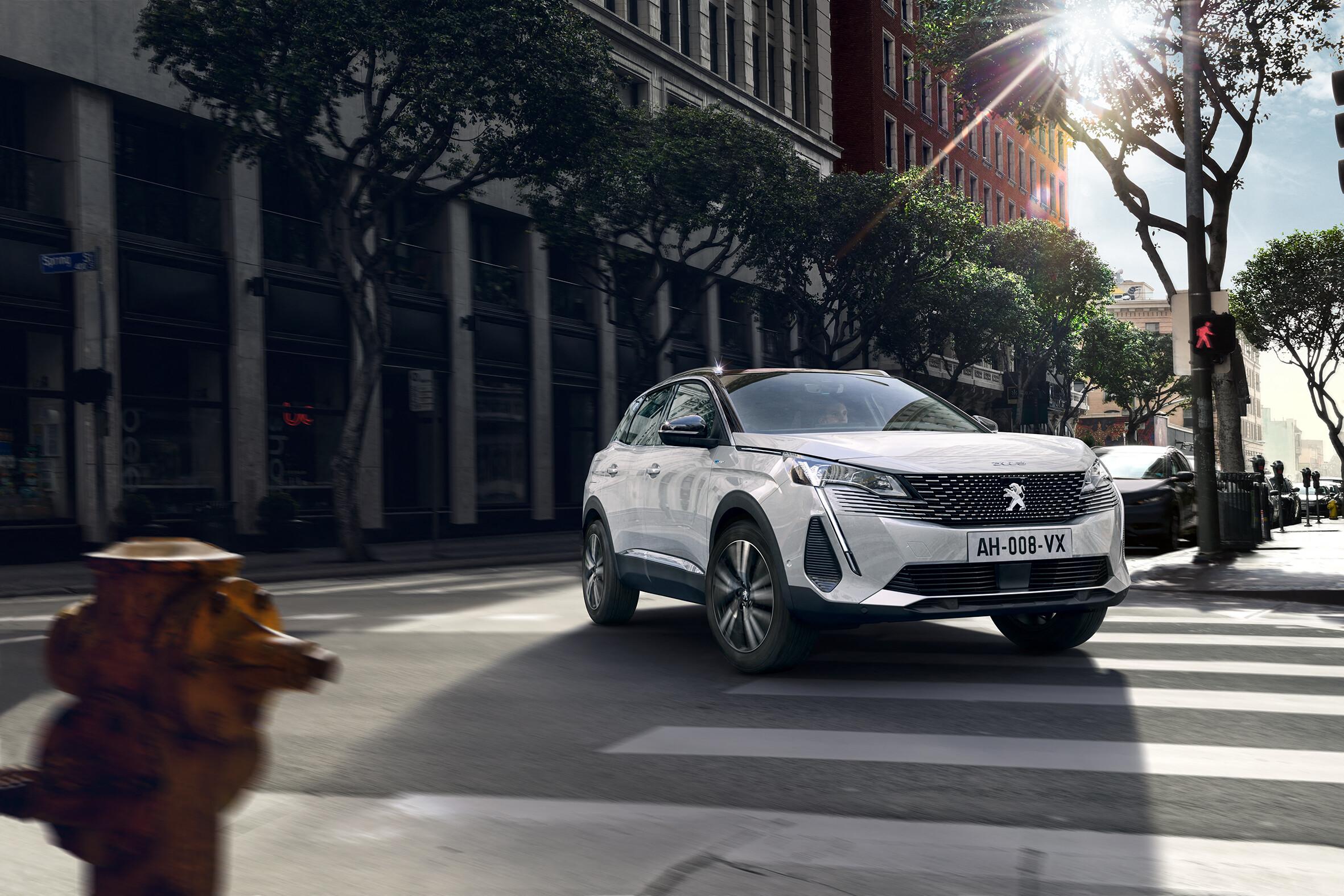 Peugeot 3008 Hybrid 300 2020