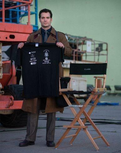'Batman v Superman', primera imagen de Henry Cavill como Clark Kent