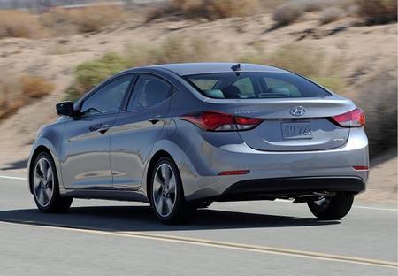 Hyundai Elantra 2015 Versiones Equipamiento Y Precios En M 233 Xico