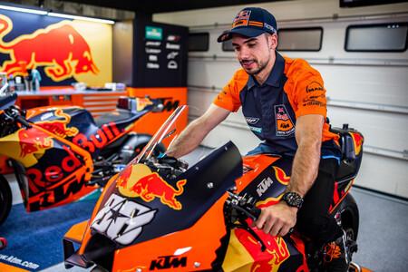 KTM pone de largo su equipo oficial para MotoGP 2021 con Miguel Oliveira como gran novedad