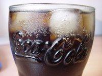 ¿Un diente se disuelve si lo dejamos toda la noche sumergido en Coca-Cola?