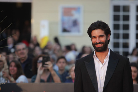 Cuando ser guapo no es suficiente: Rubén Cortada y su problema con los trajes