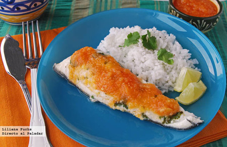 Filetes de pescado en salsa de papaya. Receta mexicana