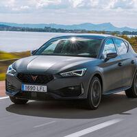 El CUPRA León híbrido enchufable más barato, con 204 CV, ya está disponible en España desde 40.900 euros