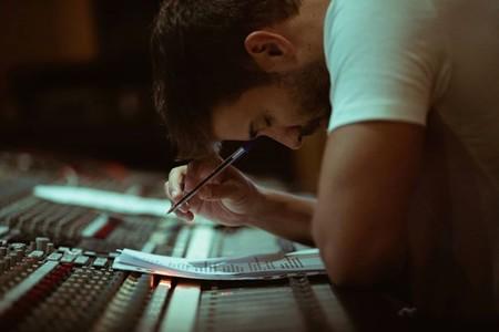 Alboran Escribiendo