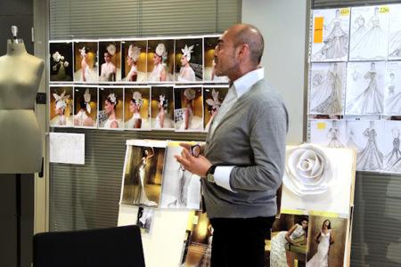 Manuel Mota trabajando en su taller