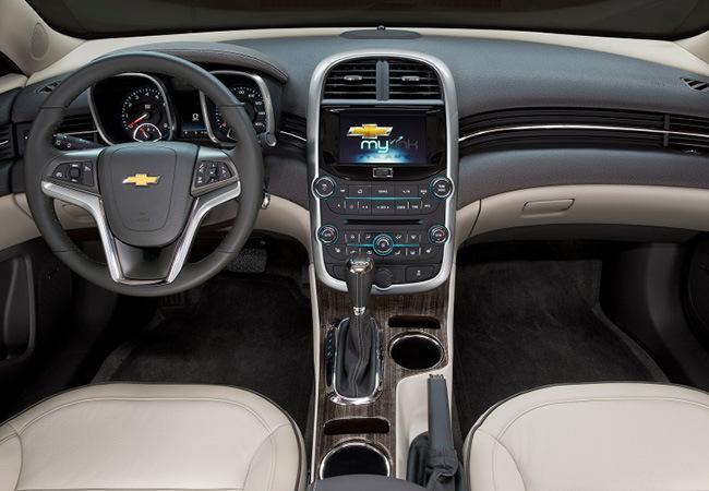 Foto de Chevrolet Malibu 2014 (4/7)
