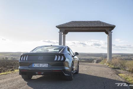 Ford Mustang Bullitt Prueba trasera