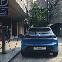 Plan MOVES 2020: el Gobierno valora que no sea necesario achatarrar un vehículo antiguo para comprar un coche eléctrico nuevo