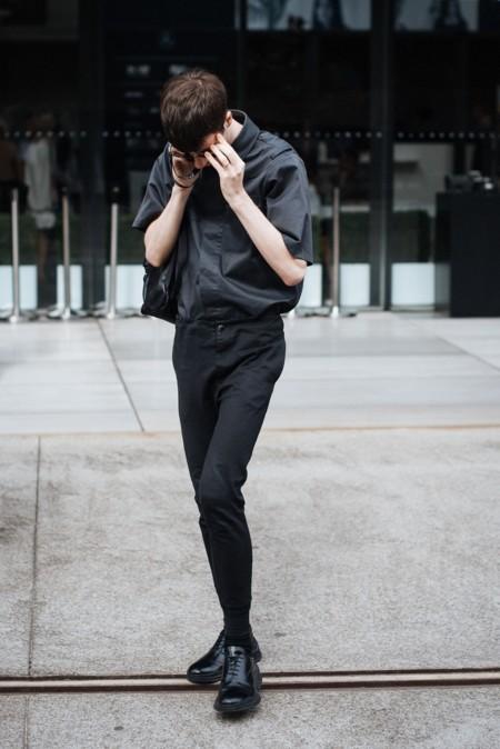 El minimalismo del negro total triunfa entre famosos y no famosos
