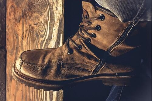 Chollos en tallas sueltas de botas Panamá Jack, Timberland, Quiksilver o Helly Hansen