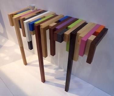 Una original consola multicolor de Daha