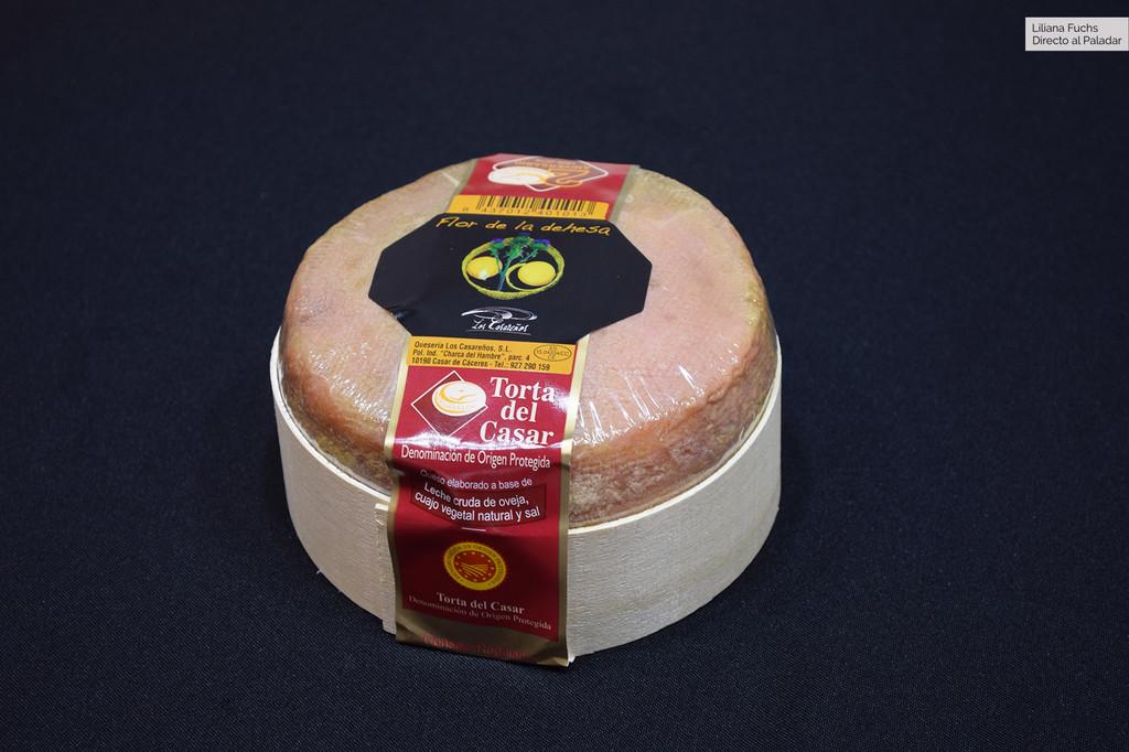 El mejor queso de España es una Torta del Casar