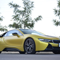 bmw-i8-protonic-frozen-yellow-2017