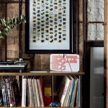 Sonos lanza una edición limitada de su clásico altavoz Play:5 diseñado por el artista grafitero Barry McGee