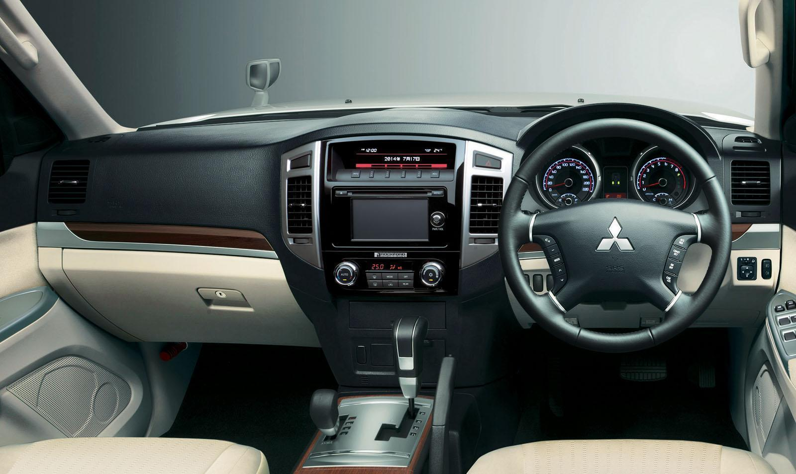 Foto de Mitsubishi Pajero 2015 (19/30)