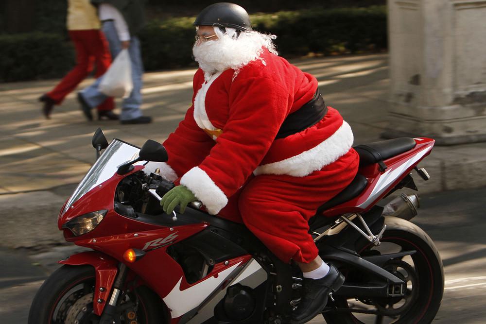 Papa Noel Moto 01