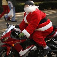 Si Papá Noel repartiera los regalos en moto en vez de en trineo tardaría ¡640 años!