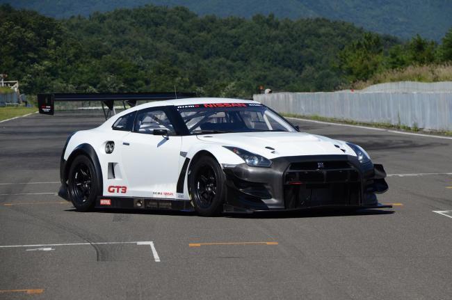 Nissan GT-R GT3 2013