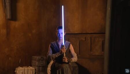 Disney muestra su sable láser retráctil, y es espectacular (aunque no sea láser)