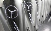 Descubriendo Brackley, la sede de Mercedes AMG F1: Fabricación y pintura de piezas