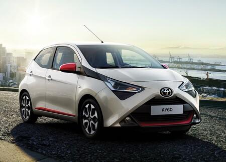 Toyota Aygo 2019 1600 01
