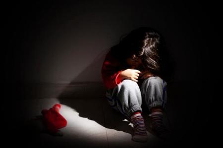 Guía para prevenir el maltrato infantil en el ámbito familiar: sí, es necesaria