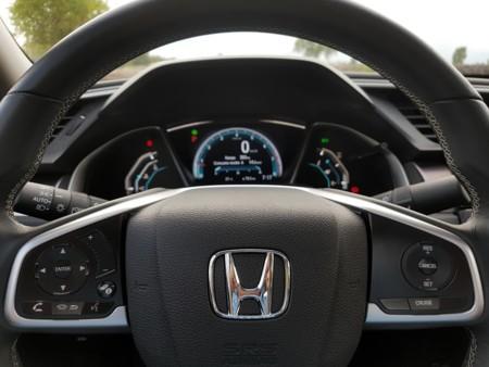 Honda patenta una transmisión de once velocidades y tres embragues