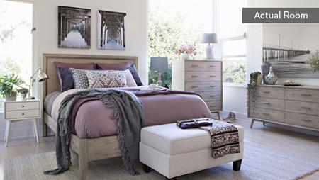 03 06 Bedroom