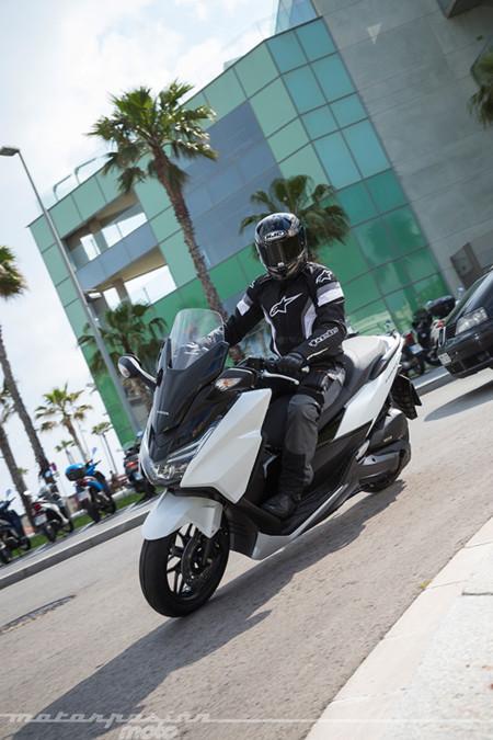 Honda Forza 125 2015 9