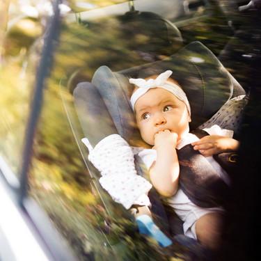 17 accesorios muy prácticos para un viaje en coche con niños