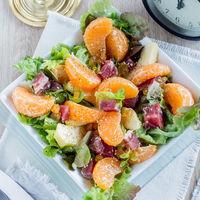 Ensalada de mandarina y jamón serrano. Receta para Año Nuevo